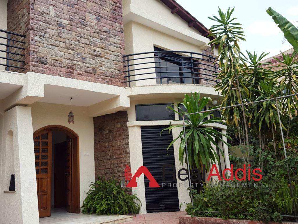 House For Rent – Old Airport Area