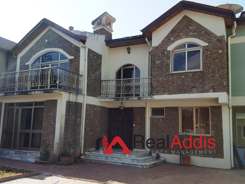 House For Rent – Jackros Area